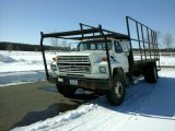 '89 Ford F700 Flatbed Truck