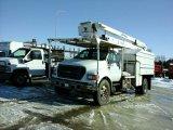 '00 Ford F750 Bucket Truck