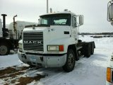 '01 Mack CH613 TA Truck Tractor
