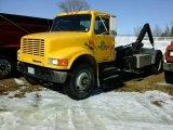 '94 International 4900 Roll Off Truck