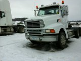 '00 Sterling AT9522 TA Tractor Truck