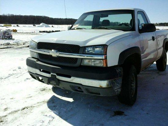 '03 Chevrolet Silverado Pickup Truck