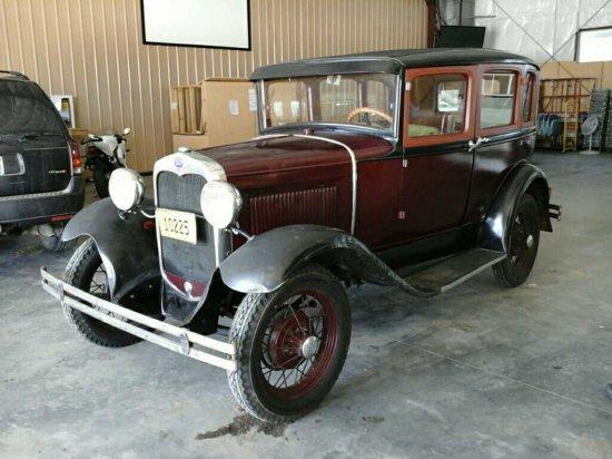'30 Ford Model A Car
