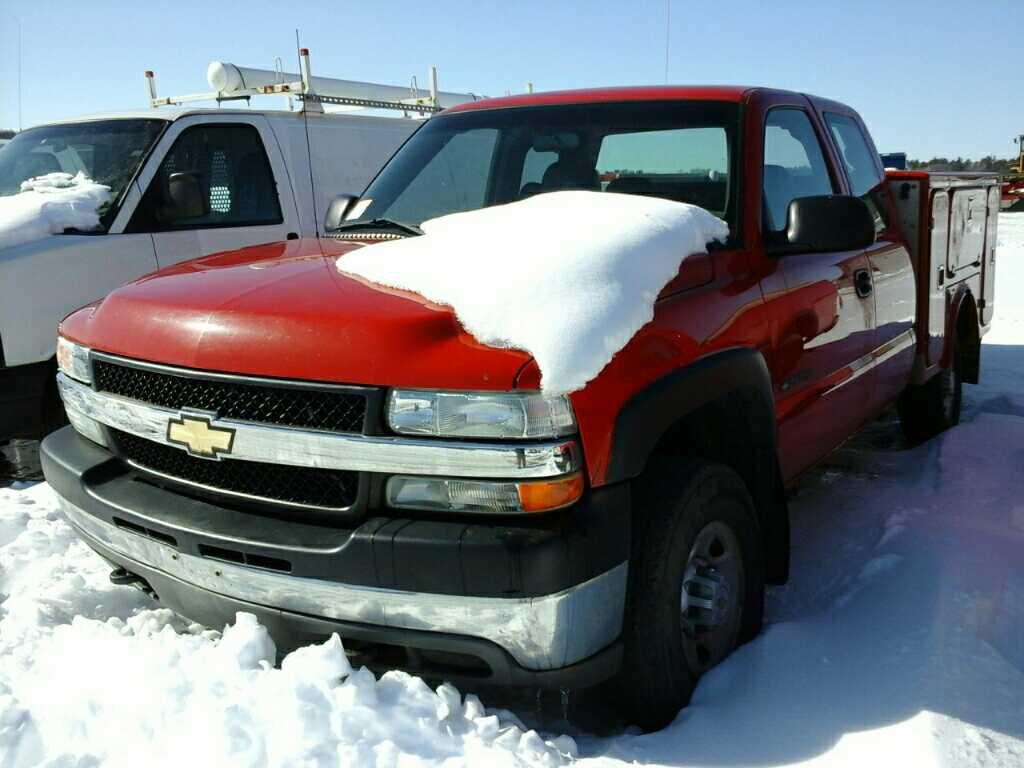 '02 Chevrolet 2500HD Pickup w/Service Truck Box