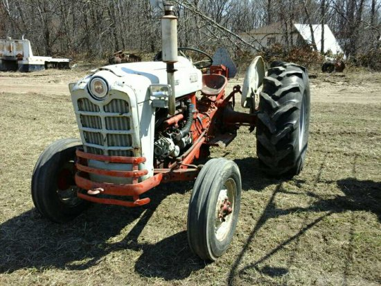 Ford 861 Tractor