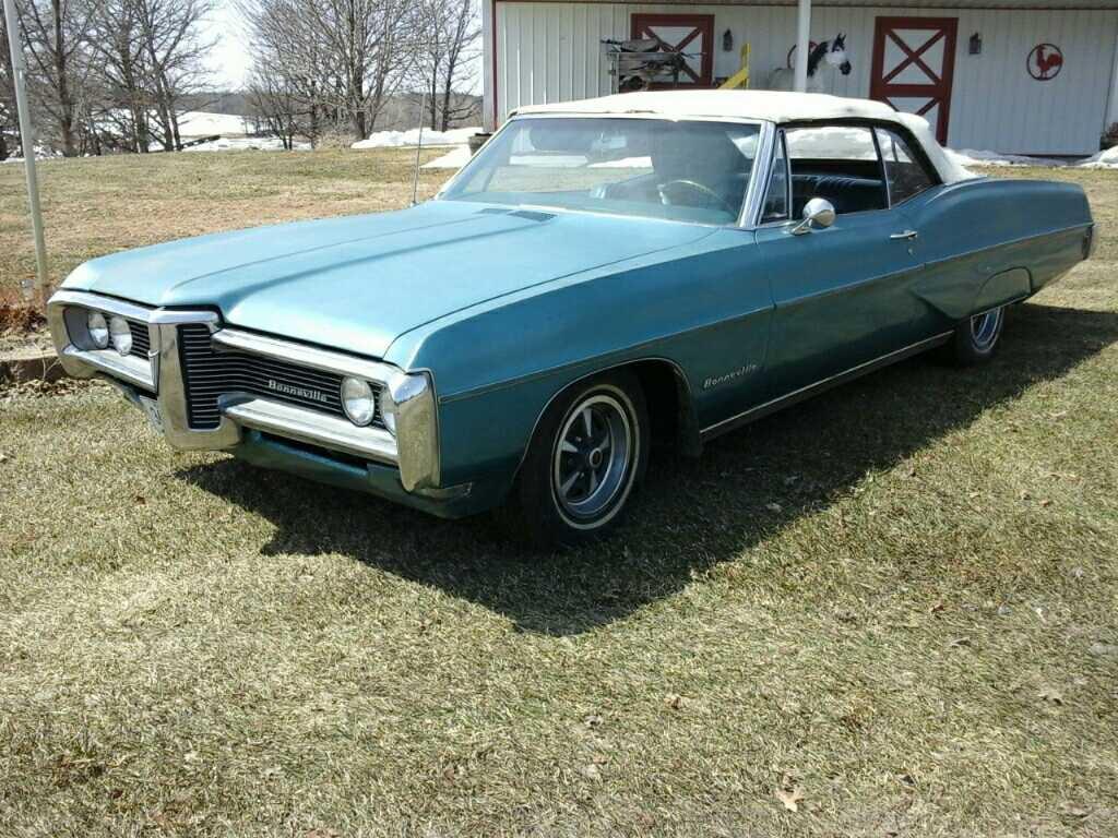 '68 Pontiac Bonneville Convertible