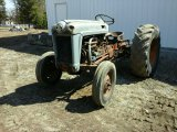 Ford 860 Tractor