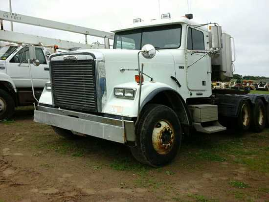 '98 Freightliner Tri Axle Day Cab Tractor Truck