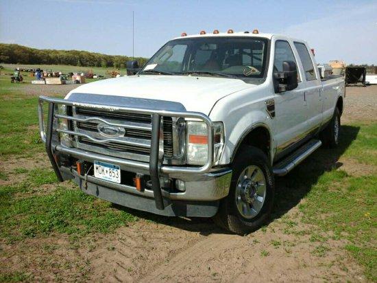 '10 Ford F250 Quad Cab Pickup Truck