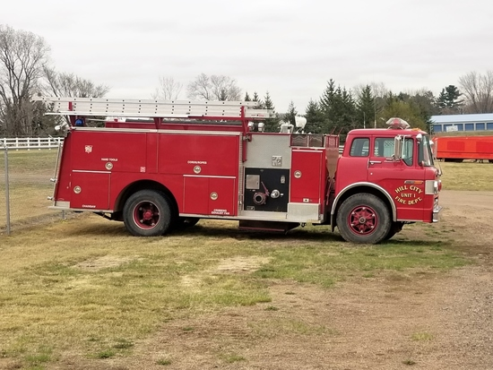 '88 Ford Pierce Arrow Fire Pumper Truck