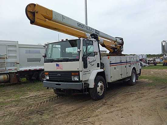 '94 Ford Cab Over Bucket Truck
