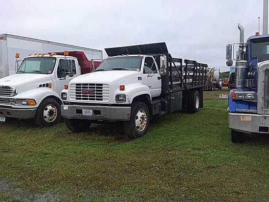 '99 GMC C6500 Flatbed Truck