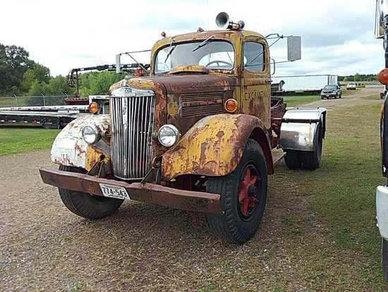 '48 Freightliner Tractor Truck