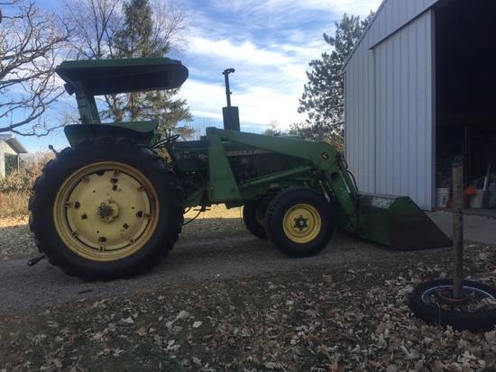 John Deere 2240 Tractor
