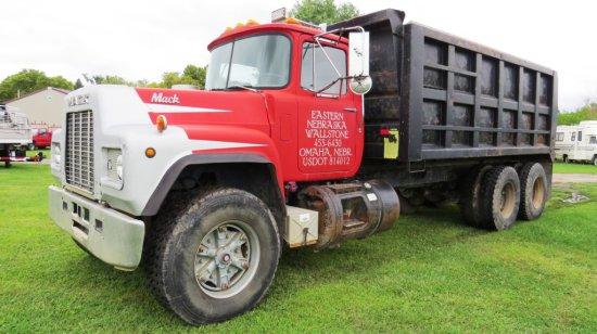 1986 Mack Model R600 Tandem Axle Dump Truck, Mack 275 Engine