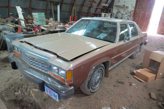 1984 Ford Crown Vic LTD 4-Door Sedan, VIN# 1FABP43F7EZ101315, V-8 Gas Engine, Automatic Transmission