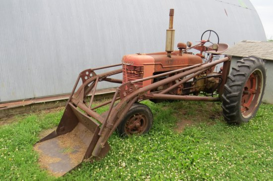 Farmall H Gas Tractor, SN# FBH-365351X1, 12-Volt Electric Start, Narrow Front, 12.4-38 Rear Tires, (