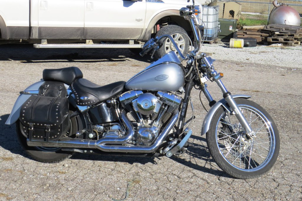 2001 Harley Davidson Softail Standard Motorcycle, VIN# 1HD1BVB181Y010942, 103 Cubic Inch V-Twin Gas