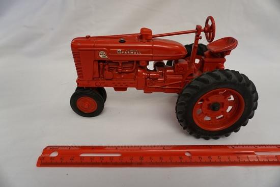 Ertl Die Cast Metal 1/16 Scale McCormick Farmall Super M-TA Tractor (No Box