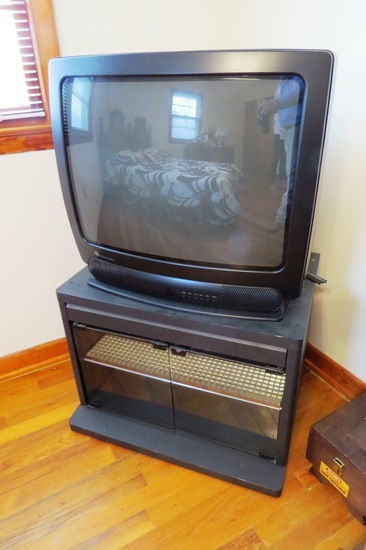 "Short TV Stand with GE 25"" TV with Remote (Stand is 21"" Deep x 26"" 1/2"" Wid"