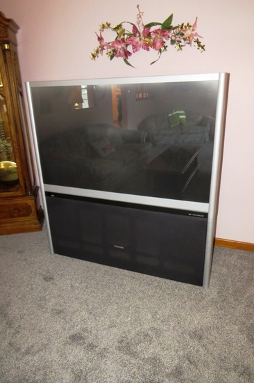 "Toshiba HDTV Flat Screen TV, Theater Wide HD, 55"", Good Speakers."