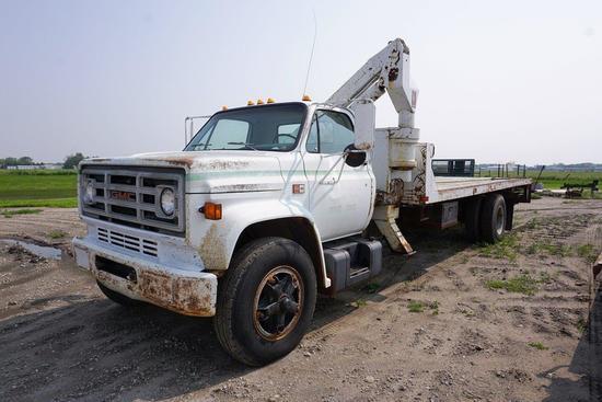 1983 GMC7000 Conventional Cab 4 1/2 Ton Boom Truck, VIN 1GDJ7DISXDV526938, 366 V-8 Gas Engine, 5-Sp