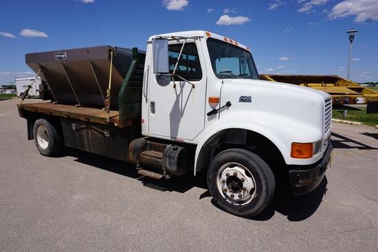2001 IHC Model 4700 LP 4x2 Single Axle Dually Flatbed Truck, VIN# 1HTSCAAM71H391046, DT466E Diesel E