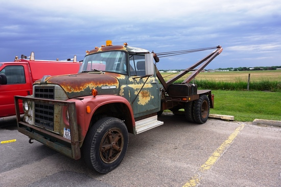 1978 IHC Loadstar Binder Heavy Duty Boom Truck, VIN# D0502HHB37468, V-8 Gas Engine, 4-Speed, 17,400l