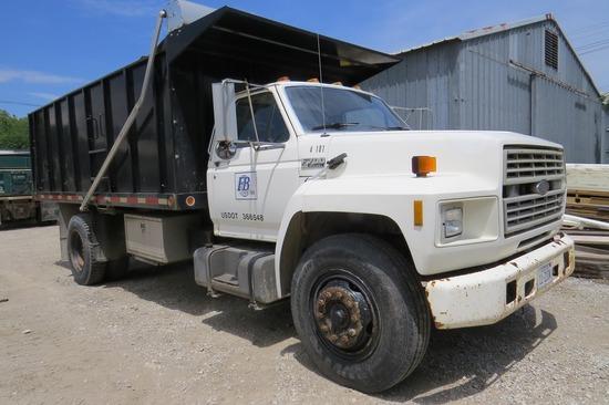 1987 Ford Model F-700 Single Axle Dump Truck, VIN#IFDPT74A5HVA28470, Ford Turbo Diesel Eng., 4 & 2 T
