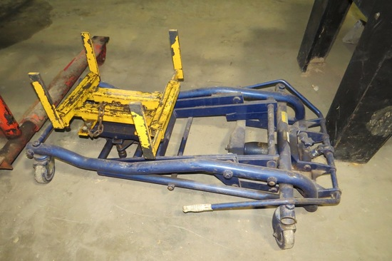 Lincoln Heavy Duty Hydraulic Truck Transmission Jack.