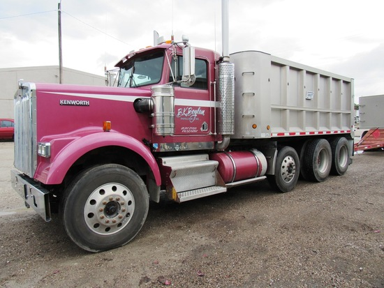 2005 Kenworth Model W900L Triple Axle Conventional Dump Truck