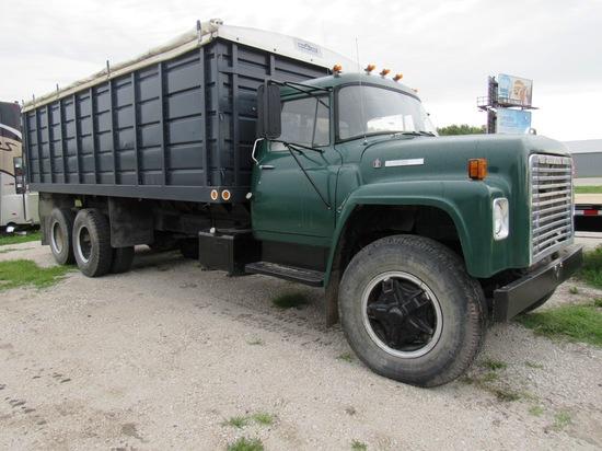 1974 IHC Model 1700 Loadster Tandem Axle Conventional Grain Truck, VIN #10672CHA51982, 392 V-8 Gas E