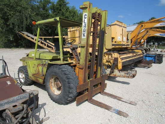 1978 Clark Model IT80 Rough Terrain Tractor-Type Forklift, SN# IT581-74-3865-78, Ford 6-Cylinder Ind