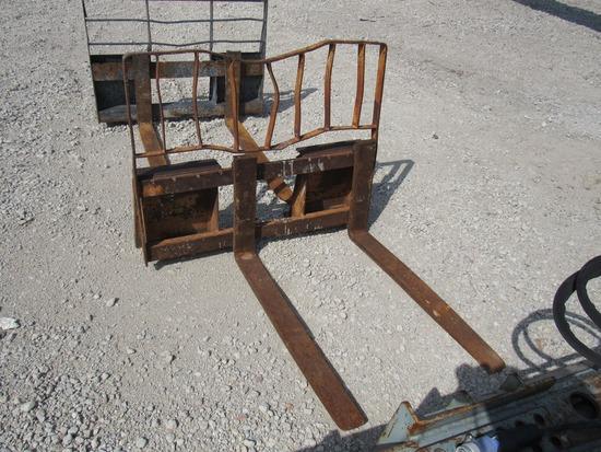 Case Forklift Attachment for Skidloaders.