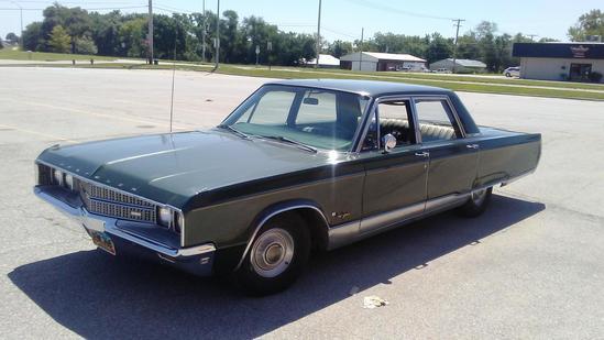 1968 Chrysler New Yorker 4-Door Sedan, VIN# CH41K8C331940, Strong 440, Very Original,