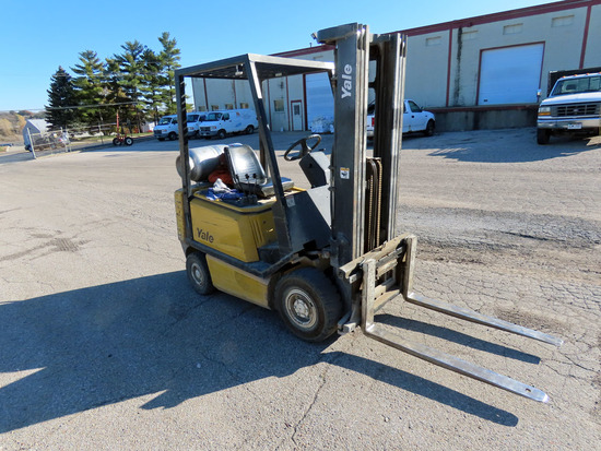 Yale Model GLP030 LP Gas Forklift, SN# A810N04234V, LP Gas Engine, Hydrostat Transmission, ROPS, 189
