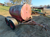 500 Gallon Fuel Tank on Tandem Axle Trailer (Missing 1 Wheel & Tire).