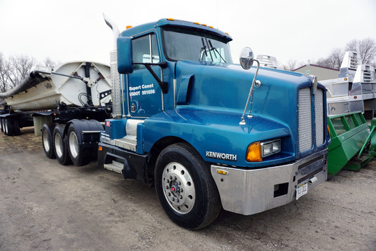 1994 Kenworth Model T600 Triple Axle Conventional Day Cab Glider Kit Truck Tractor, VIN# S631799GL,