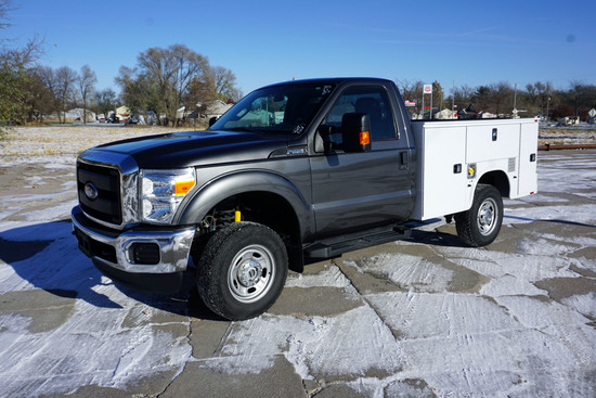 2015 Ford Model F-250 XL 4 x 4 Service Pickup, VIN #1FTBF2B62FED40539, 6.2 Liter V-8 Gas Engine, Aut