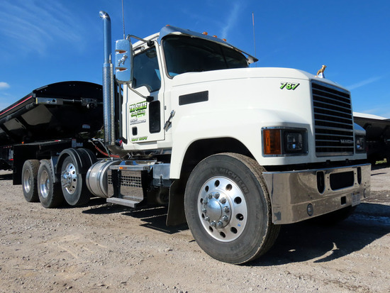 2020 Mack Model P164T Triple Axle Conventional Day Cab Truck Tractor, VIN #1M1PN4GYXLM005464, M-Driv