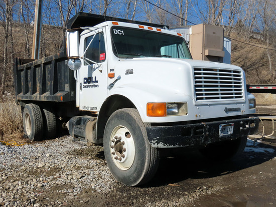 1997 IHC Model 4700 Single Axle Dump Truck, VIN# 1HTSCAAN2VH464418, DT466E Turbo Diesel Engine, 6 Pl