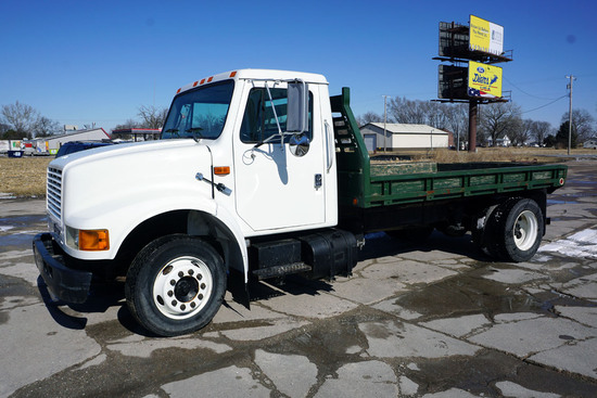 2000 International Model 4700 4x2 Single Axle Dually Flatbed Truck, VIN# 1HTSLAAL8YH308273, DT466E D