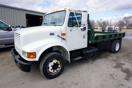 1999 International Model 4700 4x2 Single Axle Dually Flatbed Truck, VIN# 1HTSLAAM6YH265688, DT466E D