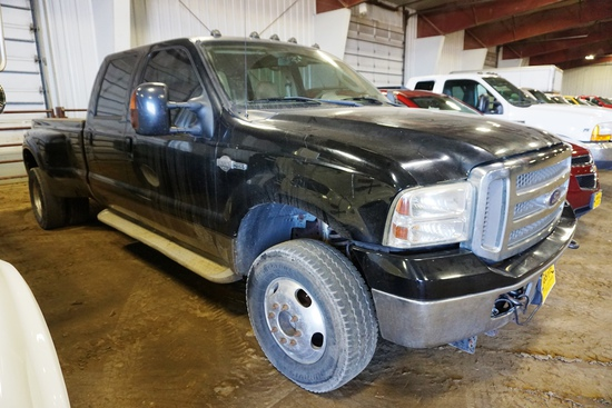 2006 Ford F-350 King Ranch Lariat Dually Crew Cab Diesel Pickup, VIN# 1FTWW3P76EC50284, 6.0L Power