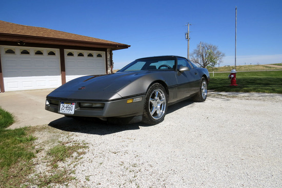 1986 Chevrolet Corvette, VIN 1G1YY0789B5120666, 2-Door, Sun Roof, Good wrench 350 Tuned Port Injecti
