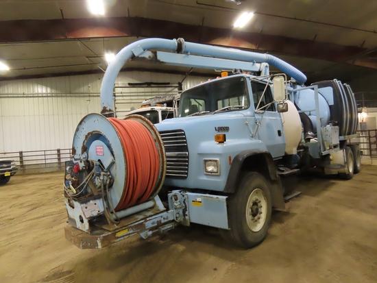 1992 Ford L800 Vetter Pumper Truck, VIN# 1FD2W82A9NVA13457, Ford 6-Cylinder Turbo Diesel Truck,