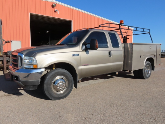 2003 Ford Model F-350XLT 1-Ton Dually Extended Cab Dually Diesel 4x4 Service Pickup, VIN# 1FDWX37