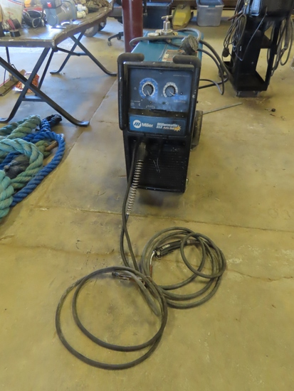 Miller Millermatic 212 Auto-Set Portable Wire Feed Welder on Cart with Tank, Leads & Gun, SN# 1578N.