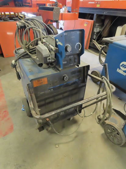 Miller Deltaweld 302 CV/DC Welding Power Source on Cart with Miller 70 Series 24 Volt Wire Feeder At
