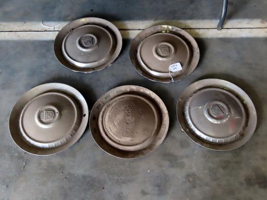 (5) Ford Hub Caps.